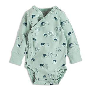 En mjuk body med söta små igelkottar. Vikbara muddar och två rader med tryckknappar i grenen kan ditt barn växa en storlek och behålla samma plagg.