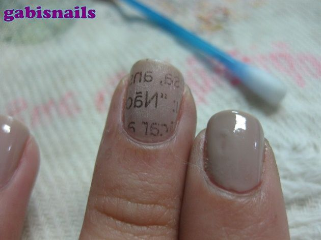 Newspaper Nails/Unhas de Jornal - Nail Art Gallery Step-by-Step Tutorial Photos