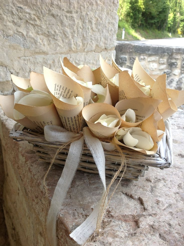 conetti porta petali, umbria wedding decorations