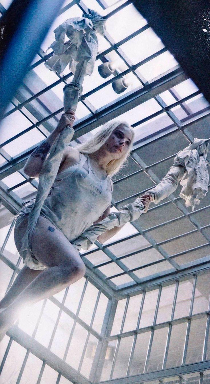 Margot Robbie como Harley Quinn en Escuadrón Suicida                                                                                                                                                                                 Más