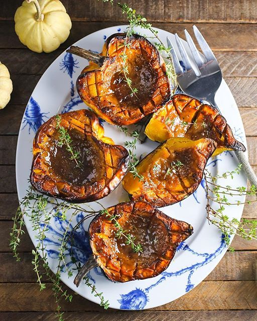 Roasted Acorn Squash With Brown Sugar And Dijon Mustard Glaze via @feedfeed on https://thefeedfeed.com/nerdswithknives/roasted-acorn-squash-with-brown-sugar-and-dijon-mustard-glaze