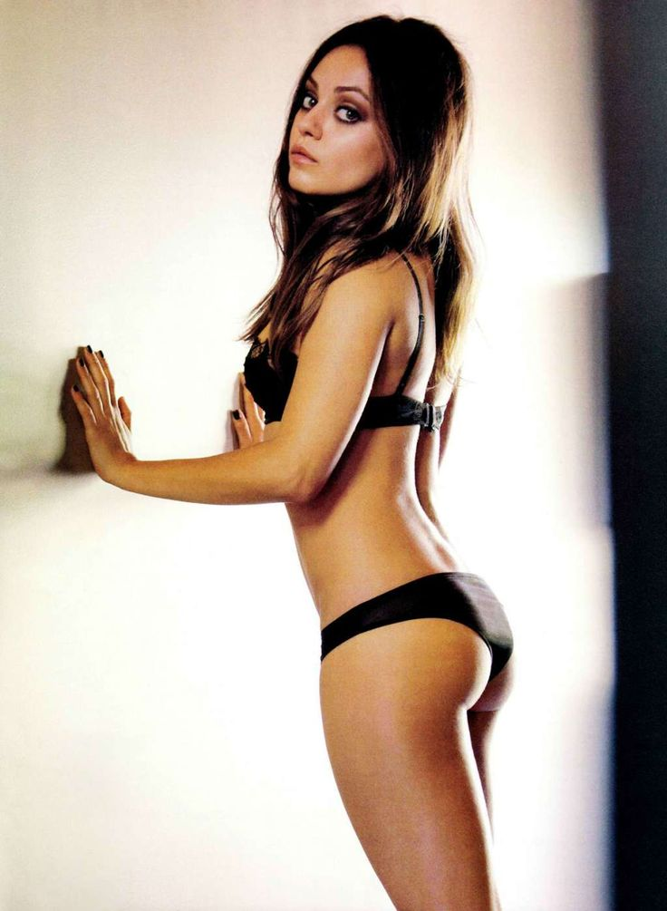 Mila Kunis Shows Ass