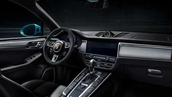 porsche 2019 Macan dashboard touchscreen display steering wheel  #Porsche #Macan…