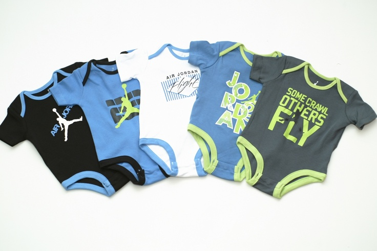 We feature a variety of essential clothing options, including Nike baby boy onesies. Nike baby boy clothing sets offer all outfit essentials in one convenient package. And be sure to find clothes for the entire family, like Nike baby girl clothing and men's and women's apparel, too!