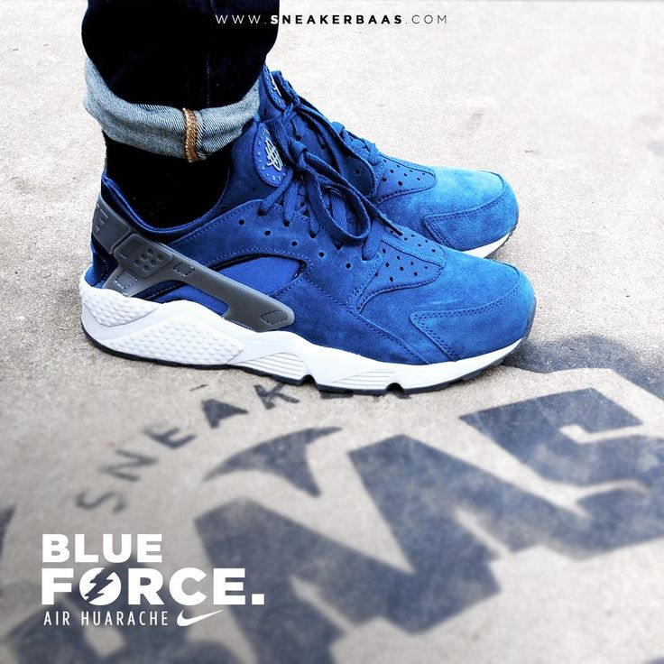 """#nike #huarache #blue #force #sneakerbaas #baasbovenbaas  Still in stock alert! The Nike Air Huarache """"Blue Force"""" - Priced at 119.95 Euro  For more info about your order please send an e-mail to webshop #sneakerbaas.com!"""