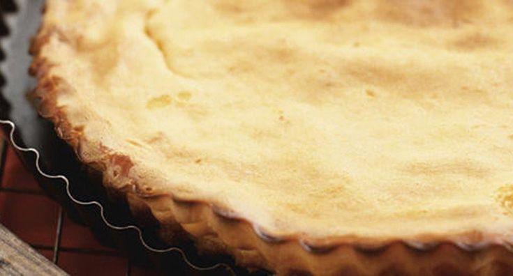 Tarte de Leite Condensado - http://www.entretaxos.com/tarte-de-leite-condensado-3/