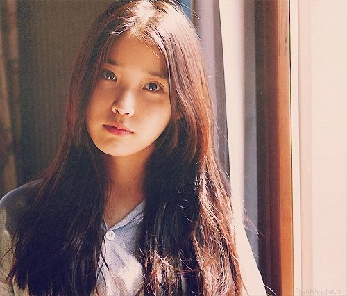 IU - Spring of a Twenty Year Old Album.