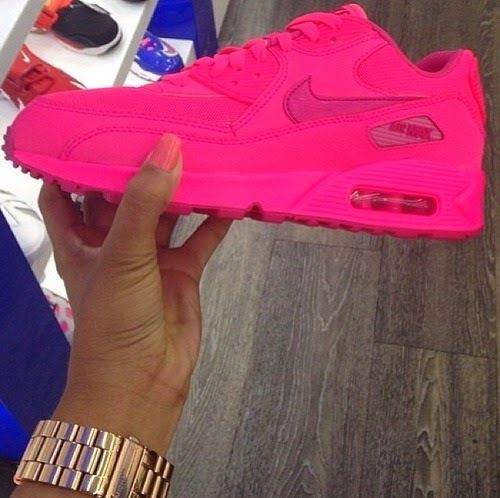 how much you get this? this is Nike air max shoes, right? I pass a store…