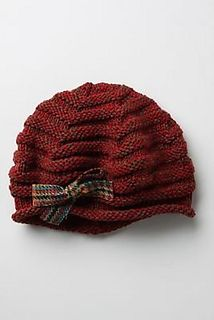 The Tiree Beret was published in a winter 2009 Anthropologie catalogue. Refusing to pay $60 for such a cap, I decided to craft my own. Keep in mind that these notes are old and the original has since been sent away. If you have questions, I will try to help :)