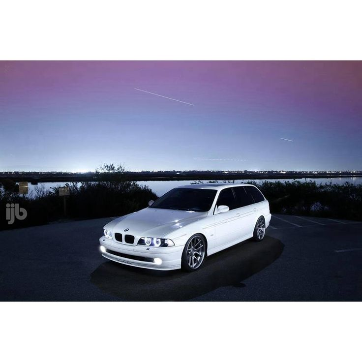 bmw e39 5 series touring white bmw ultimate driving. Black Bedroom Furniture Sets. Home Design Ideas