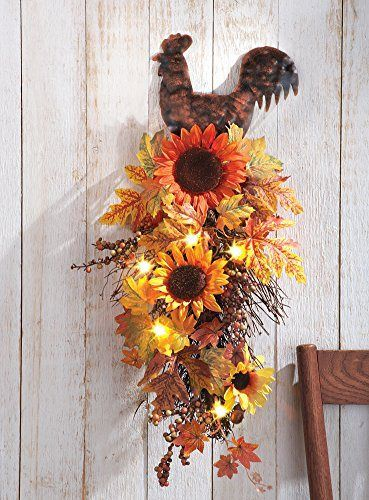 Love the rustic charm of this rooster and sunflower kitchen decor.