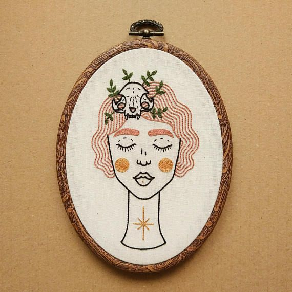 Shop on ETSY - PDF pattern Pink Haired Girl with a Cat Skull Hair Clip and