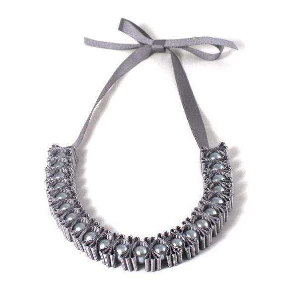 Grey 3 Pleat Pearl Ribbon Necklace