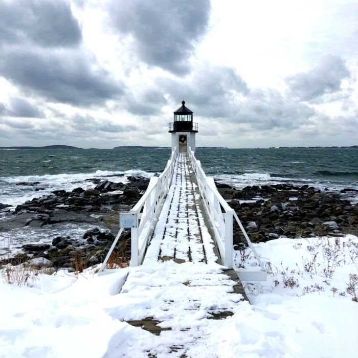 7 Enchanting Spots Surrounded By Frozen Beauty To Experience In Maine This Winter Maine Road Trip Maine Winter Visit Maine