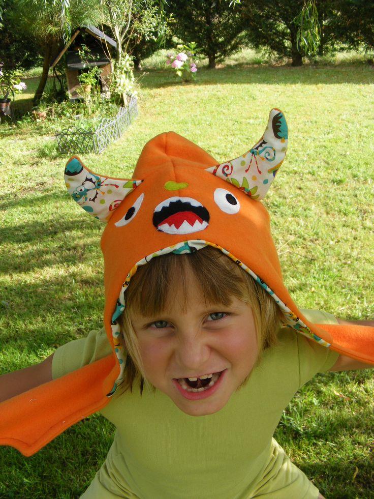 bonnet monstre orange