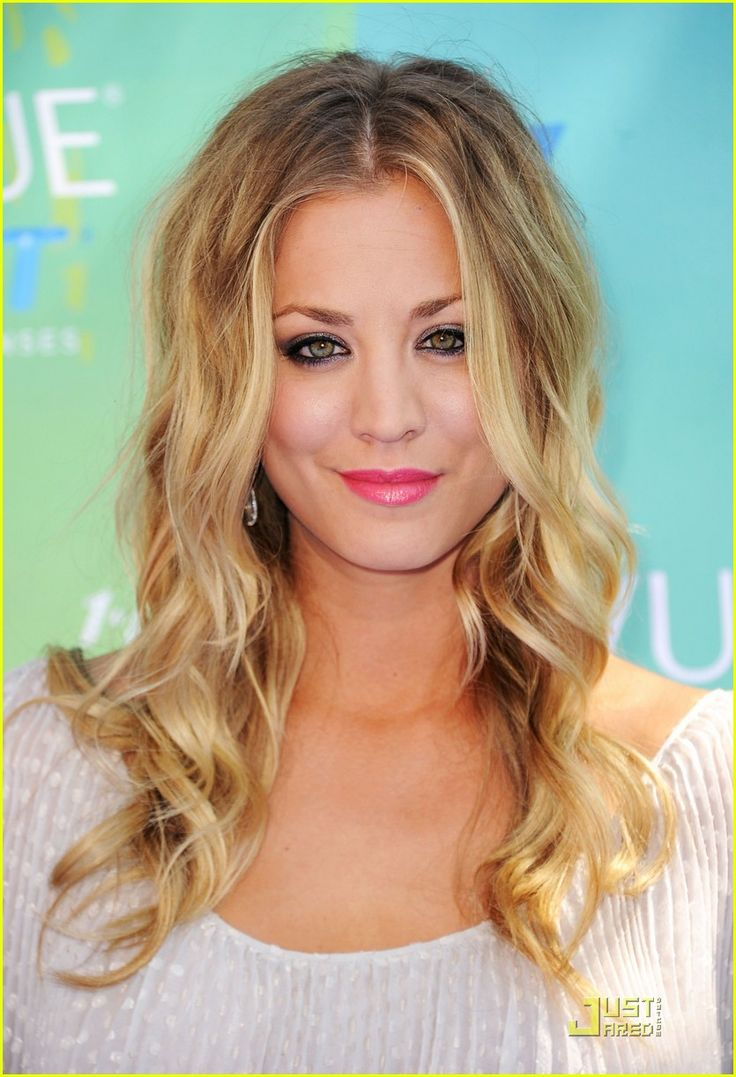 Kaley Cuoco The Hair Department Pinterest Pink Lips