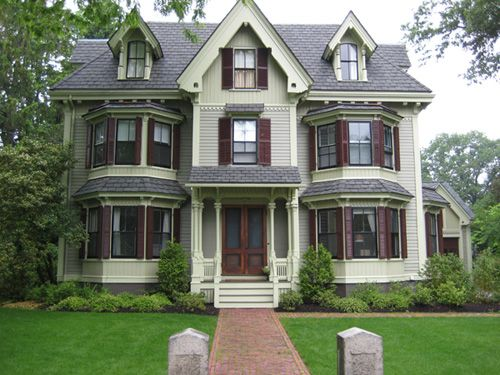 71 best victorians images on pinterest victorian houses for Victorian house garden design