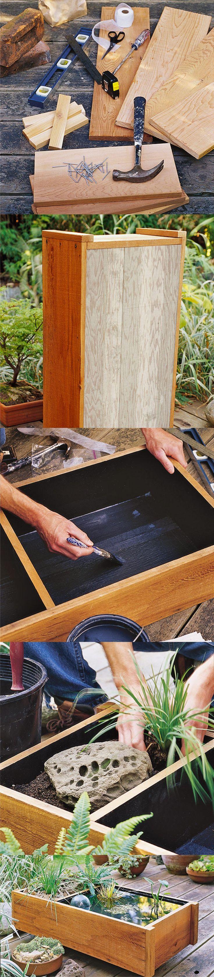Maceta con estanque para plantas acuáticas / Via www.lowes.com