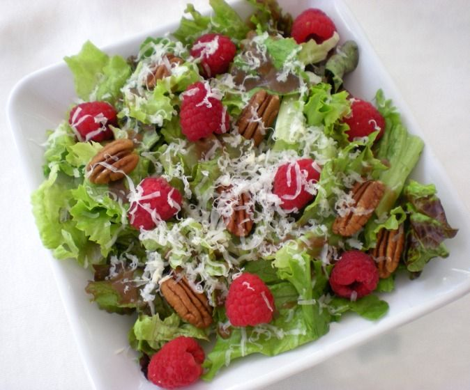 Raspberry salad w/toasted pecans, VT cheddar and raspberry vinaigrette