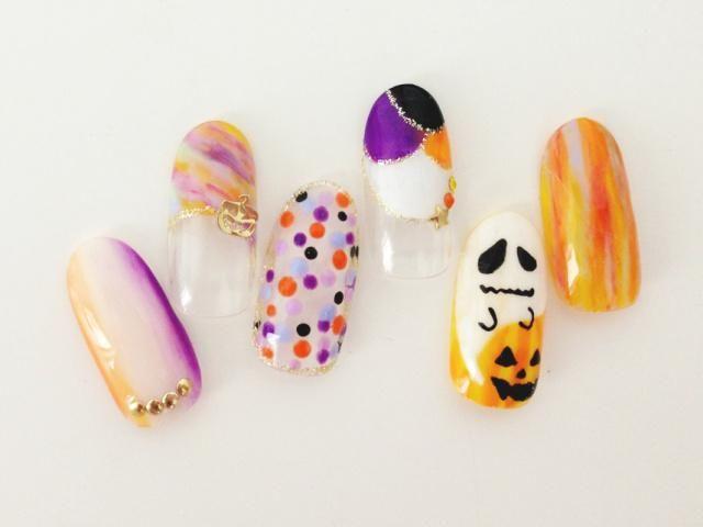 autumn nail | 指先から足先までハロウィンデザインのネイルでキメよう!セルフ派も簡単にできるアート柄まとめ - Column Latte