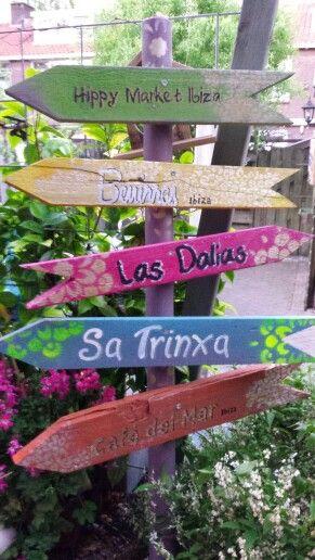 #steigerhout # wegwijzers#boho#handmade # hippiestyle#hippiebeachday  gezellige wegwijzer voor in de tuin of winkel...u vraagt..wij maken