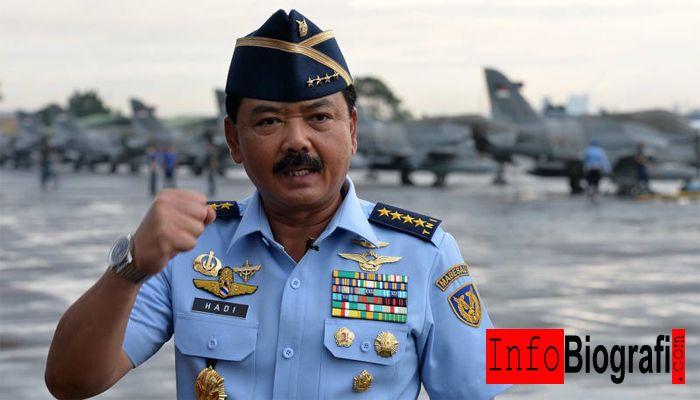 Biografi dan Profil Lengkap Marsekal TNI Hadi Tjahjanto - Panglima Tentara Nasional Indonesia ke-17 - http://www.infobiografi.com/biografi-dan-profil-lengkap-marsekal-tni-hadi-tjahjanto/