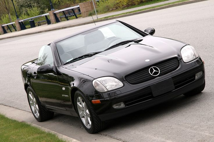 Mercedes-Benz SLK 230 Kompressor...just like ours :)