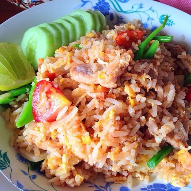 レシピとお料理がひらめくSnapDish - 168件のもぐもぐ - ข้าวผัดหมู by Jaoh Ohlunlaa