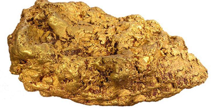 ¿Qué metales son considerados nobles?. Los metales nobles, al igual que los gases nobles, es difícil que intervengan en reacciones químicas con otros elementos. Concretamente, estos metales no se oxidan ni se correen en contacto con la humedad del aire. La oxidación se produce cuando un elemento como, por ejemplo, el hierro reacciona químicamente con el oxígeno. Como ocurre también con ...