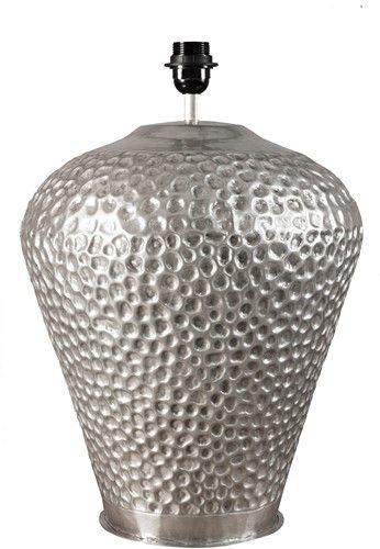 Zilveren tafellamp met motiefje | Nano Interieur #tafellamp #lamp #verlichting #nanointerieur