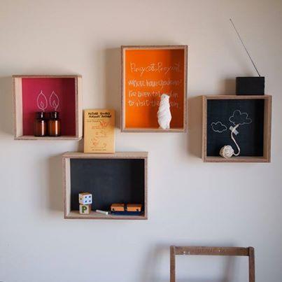 チョークボードシェルフ  黒板の棚です。インテリア性の高いデザインにする事で、黒板でもなんだか洒落て見えませんか?  #DIY #日曜大工 #インテリア