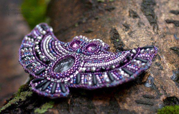 Совы, вышитые вручную бисером и бусинами  #Abbigli #хендмейд #подарки #рукоделие #хобби #креатив #handmade #идея #вдохновение #своимируками