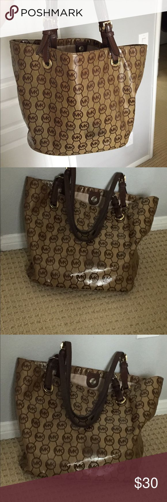 Tote Bag Brown and Beige Tote bag with loads of organizational pockets Michael Kors Bags Totes