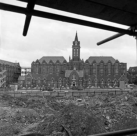 Whittington Hospital, Archway Wing,  Archway Road, Holloway c 1972. Originally the Holborn & Finsbury Union Workhouse Infirmary