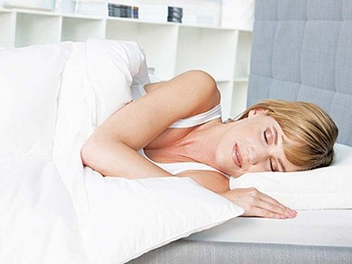 In welcher Schlaflage schläft es sich am gesündesten und man erwacht ohne Schmerzen? Hier erfahren Sie mehr über dieses Thema: