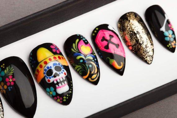 Dia De Los Muertos Press On Nails Day Of The Dead Nails Etsy In 2021 Glue On Nails Press On Nails Wedding Nail Polish