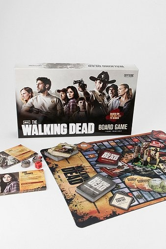 how to play risk the walking dead board game