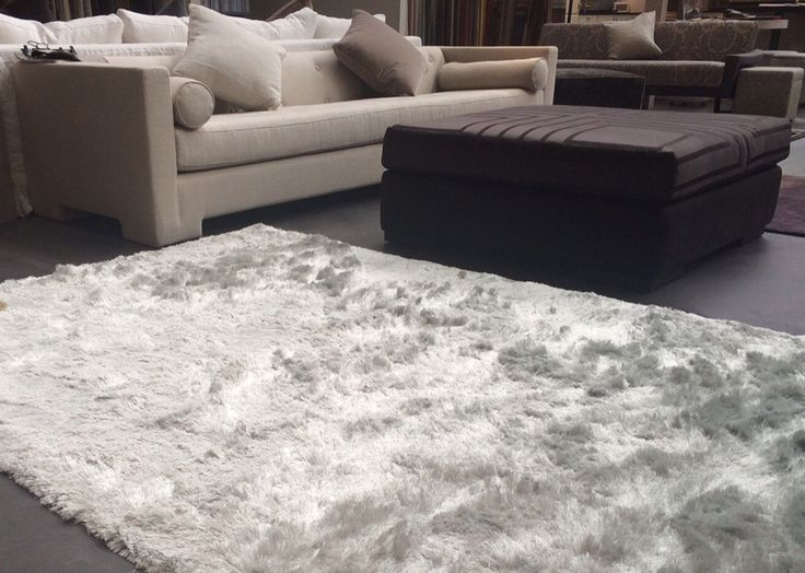 Bergamo, handwoven, 100% polyester