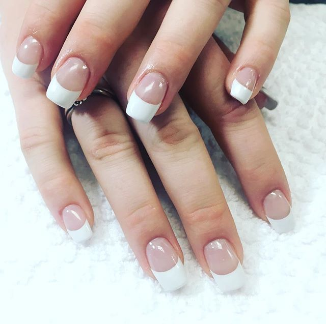 Bio Sculpture Gel Extension with white French! •7783842557 . . . #onlythebest #biosculpuregel #frenchnails #naturalcolor #naturalbeauty #naturalproducts #nailcare #manicure #picoftheday #nails #vancity #vancouverdowntown #vancouverisawesome #bookyourappointment #salon #naillove #akzentz #butterlondon #italiangirl #canadiangirls #shanails💕 Natural Beauty from BEAUT.E