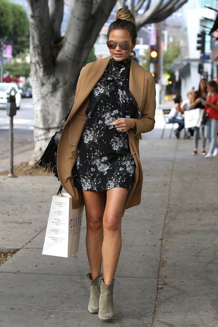 Chrissy Teigen's Maternity Style Is Better Than Our Own Wardrobes