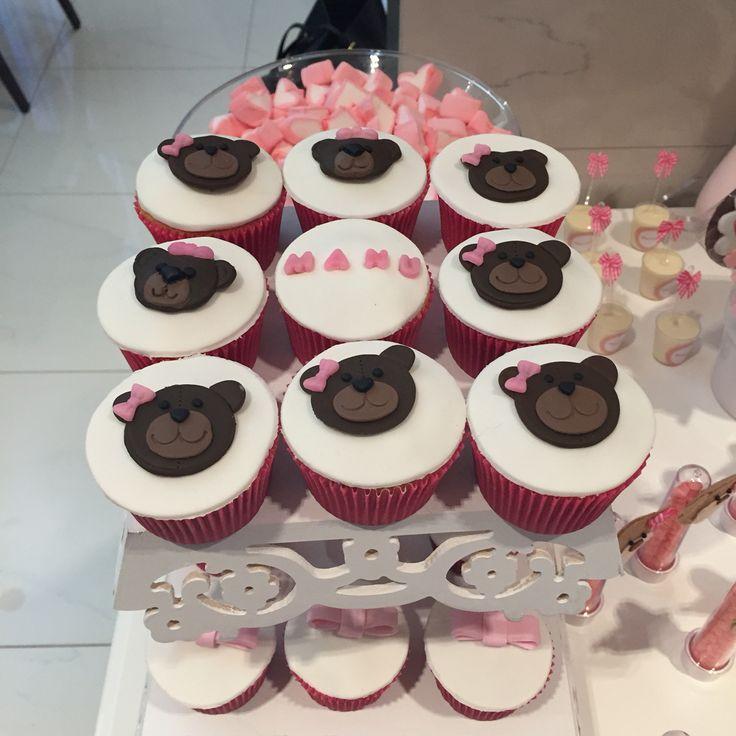 Cupcake. Decorating. Cha de bebe. Ursa.