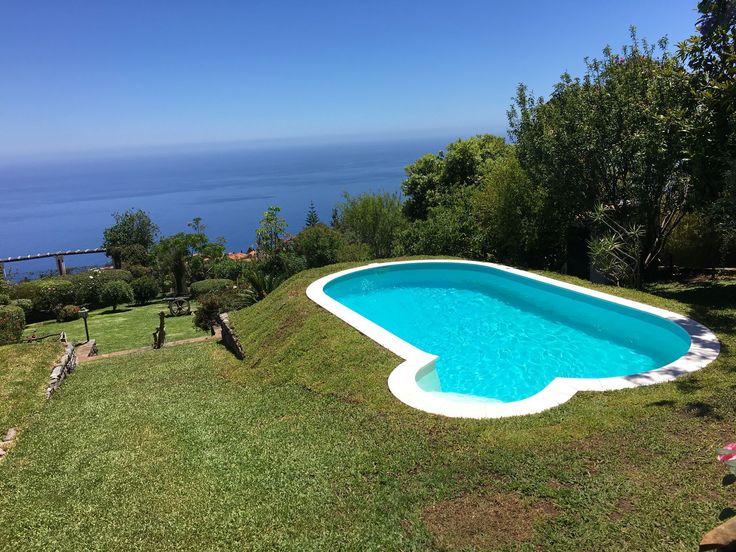 Espectacular, a nossa Olivia na Pérola do Atlântico ! ! ! Instalada por FXC Waterair Madeira #Piscina #Waterair #Madeira