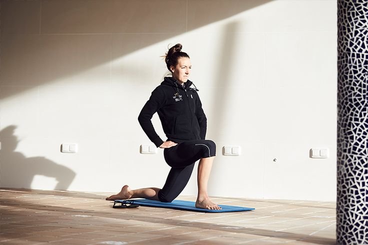 Pro-Cyclist, Dani King, Shows us How to Stretch Key Cycling Muscles....... stretches she does to aid her recovery after a ride.