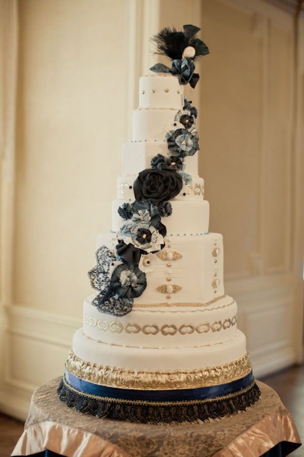 images of royal wedding cakes 44 best black n gold wedding theme images on 16352