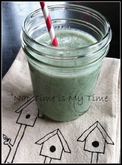 delicious smoothie recipe with kale and blueberries - Nap Time is My Time