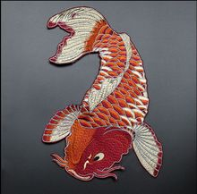 Nueva mano-cosido rojo carpa de tela parches, accesorios de vestir de DIY decorativos bordados, parches para la ropa(China (Mainland))