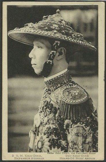 Khai Dinh(1855-6 November 1925), Emperor of Vietnam in uniform, was the 12th Emperor of the Nguyễn Dynasty in Vietnam. His name at birth was Prince Nguyễn Phúc Bửu Đảo. He was the son of Emperor Đồng Khánh, but he did not succeed him immediately. He reigned only nine years: 1916–1925.