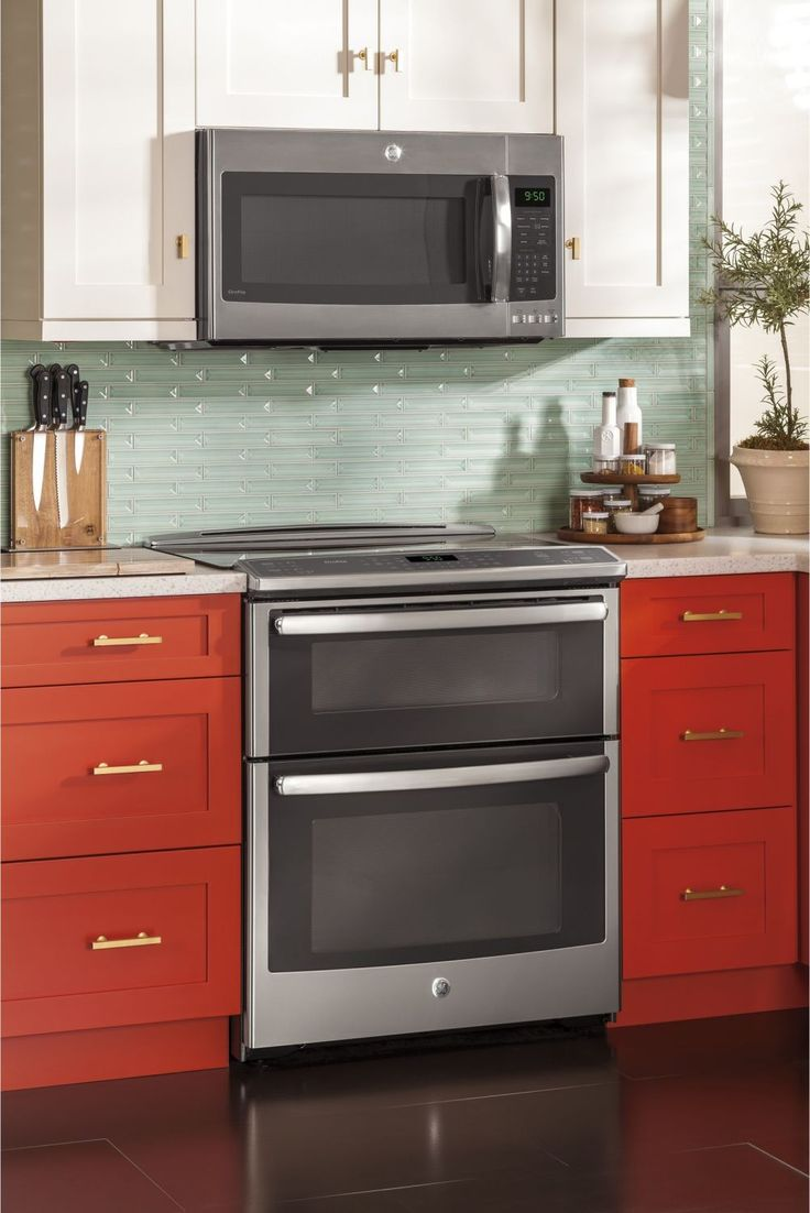 """GE Profile PS950SFSS 30"""" Stainless Steel Electric Slide-In Smoothtop Double Oven Range - Convection"""