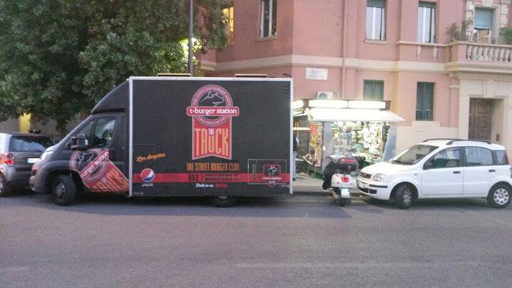 Piazza Bainsizza T-burgertruck
