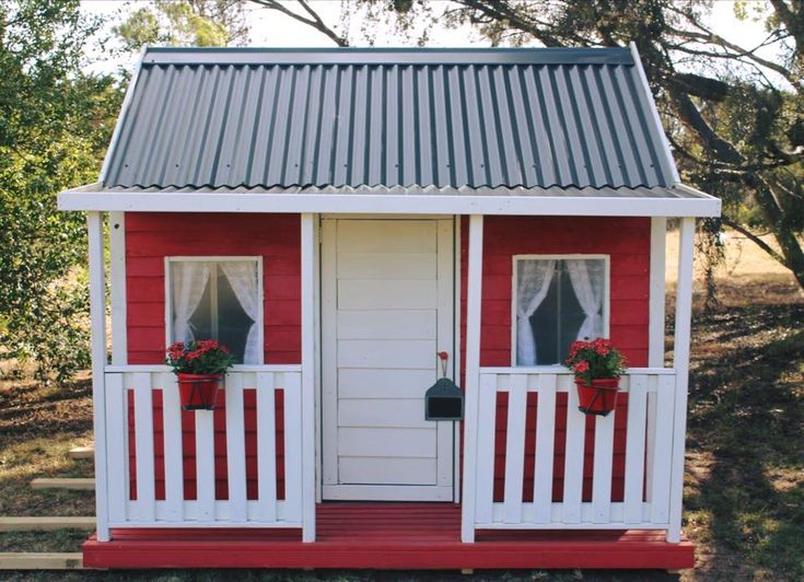 Everlasting Cubby Houses - Country Cubbies http://www.countrycubbies.com.au/products/cubby-houses